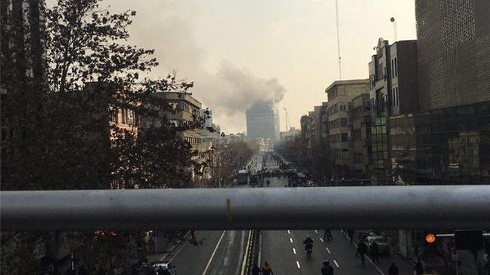 فروریختن ساختمان پلاسکو در تهران